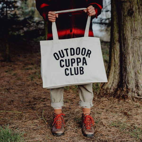 OUTDOOR CUPPA CLUB Large natural woven tote bag