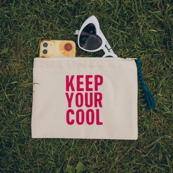 KEEP YOUR COOL zip kit pouch